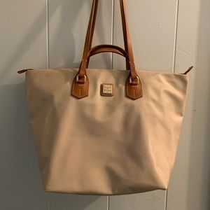 Dooney and Bourke Leighton Large Tote